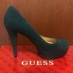 NEW Guess Suede Turquoise Pumps